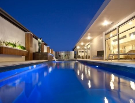 Fibreglass swimming pools compass pool centre newcastle for Pool design newcastle
